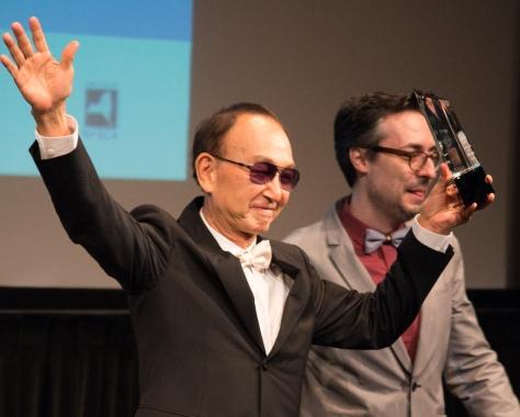 Tsai Yang-Ming receiving his lifetime achievement award